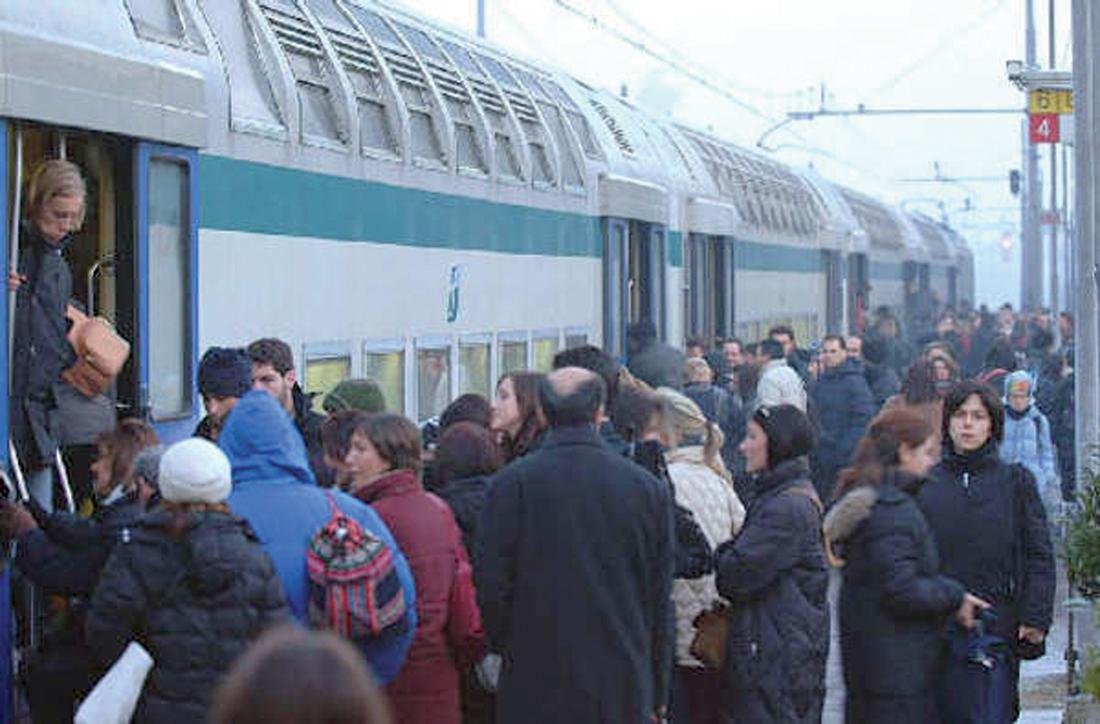 treni, pendolari, ferrovie, roma, cassino, ciampino, merci, rotto