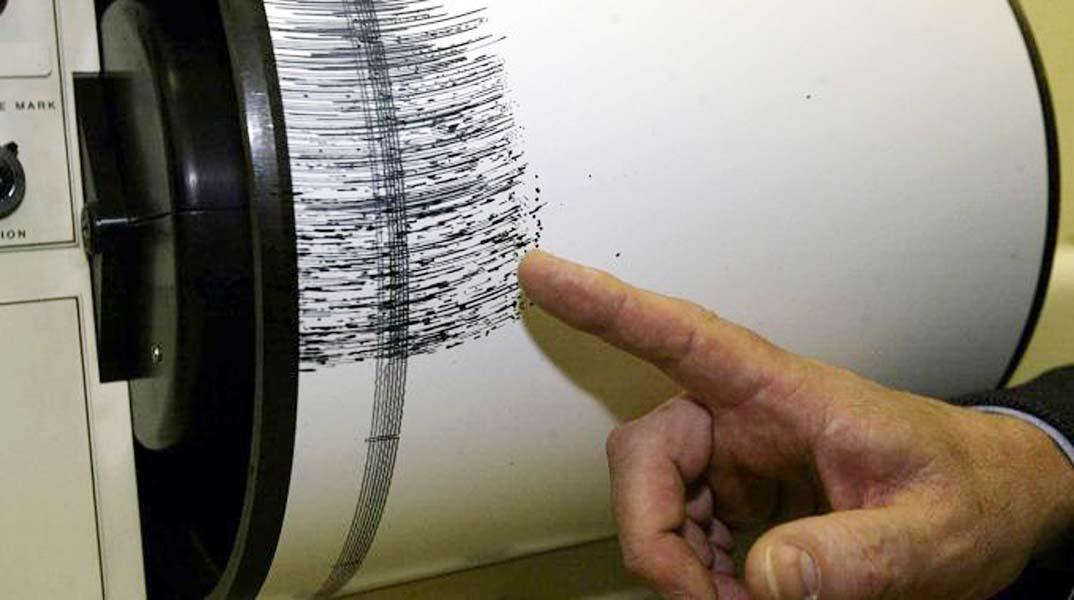 Terremoto, nuove scosse nel centro Italia