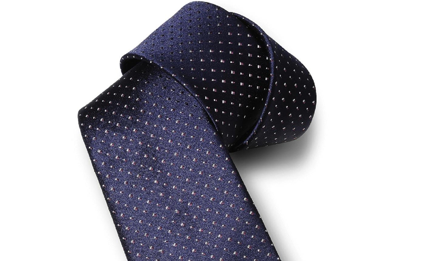 cravatta-stile- colloquio di lavoro