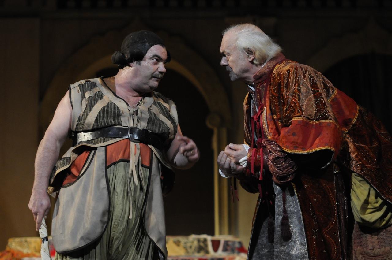 Troppu trafficu ppi nenti, l'adattamento di Camilleri al Globe Theatre