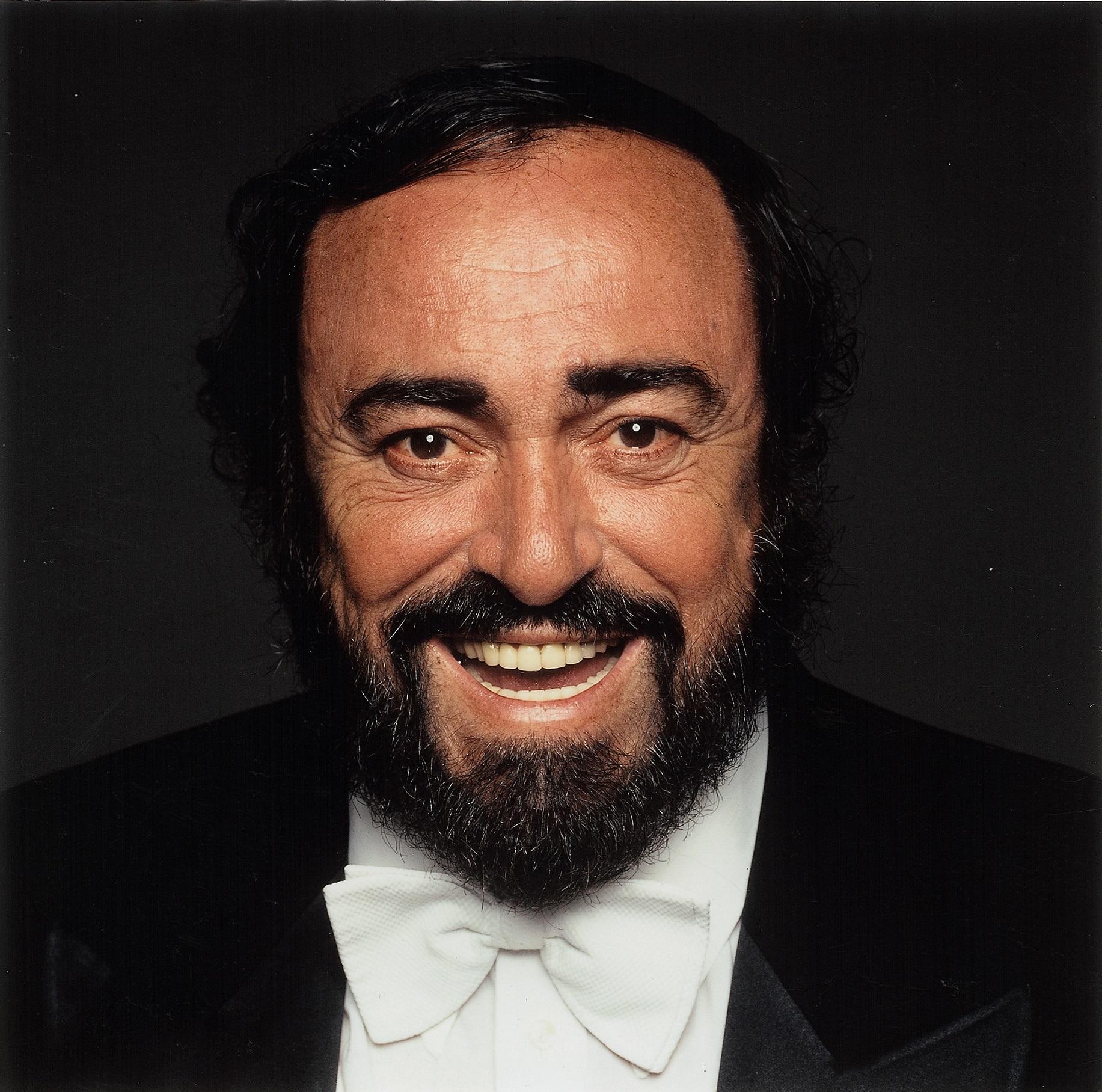 Pavarotti - credit Terry O'Neill, Decca per gentile concessione
