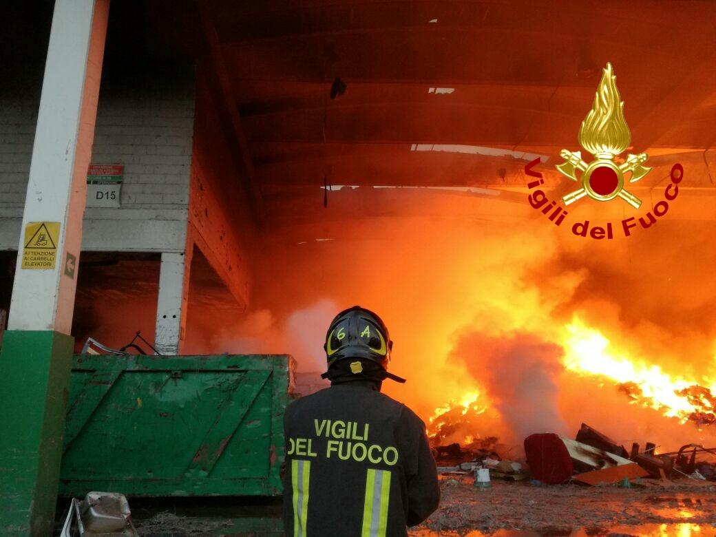 incendio monterotondo Ecotecnica