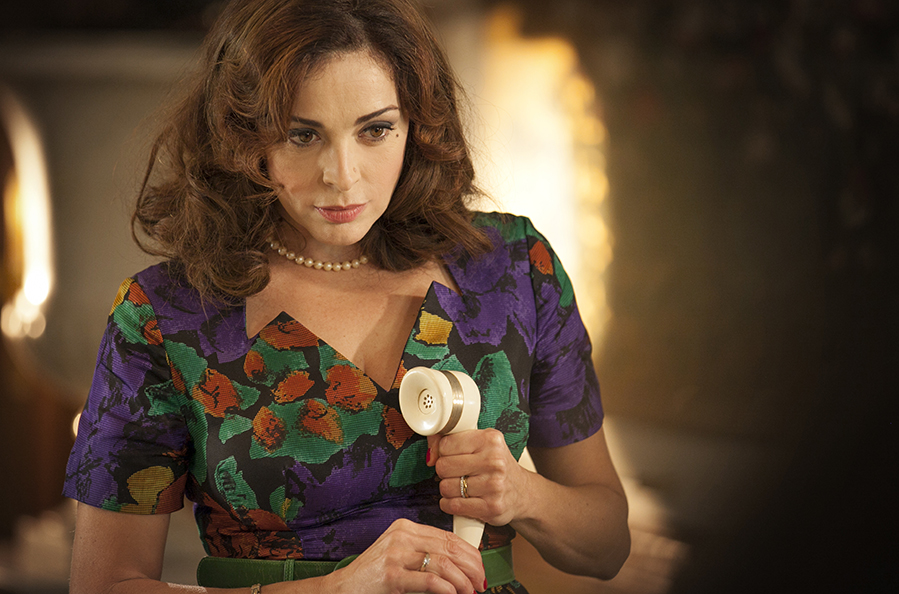 Furore 2 Elena Russo Canale 5